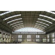 Hangar d'avion préfabriqué en structure métallique