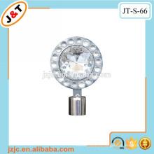 Barra de la cortina del metal hueco flexible con los remates de la cortina del diamante