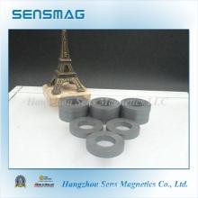 Fabrication d'aimant d'anneau de ferrite sans pression avec RoHS