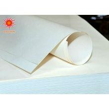 Papier kraft enduit blanc de pe mg en rouleau pour l'emballage de sucre et de bonbons