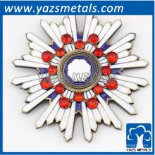 Antike Gold Weihnachten Kristall Revers Pin