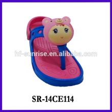 2014 cute soundable girls sandal wholesale