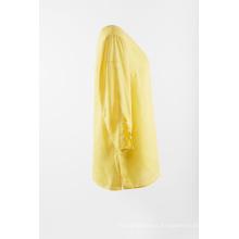 Blusa sólida de linho na cor amarela