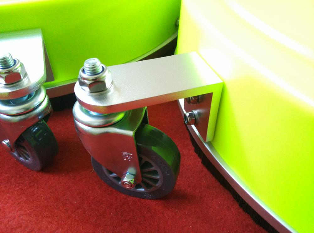 wheels on surface cleaner