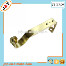 curtain rod with extendable metal bracket support