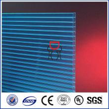 lexan 4mm en polycarbonate en verre creux dépouillé en toit en plastique transparent, matériau d'entretien moins cher