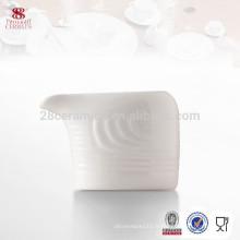 Vente chaude personnalisée cruche de lait en porcelaine crémier, accessoires de cuisine de l'hôtel
