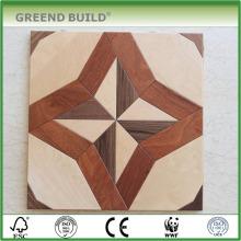 Arce blanco con suelo de parqué de madera resistente al agua de color marrón
