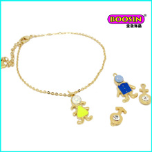 2016 Fashion Wholesale Lovely Boy and Girls Charm Bracelet en or