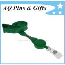 Lance en polyester vert avec bobine de badge