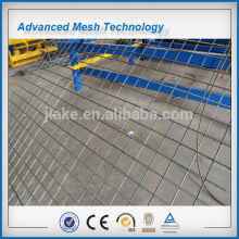 Construction panel mesh fence welding machine