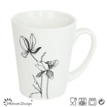 Porcelana blanca con bol de flor abierta
