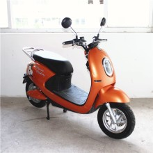 Old School Elektrikli Scooter Çapraz