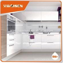 Une usine de bon service ferme directement les armoires de cuisine