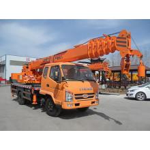 Grúa pequeña montada en un camión de 8 toneladas y 12 toneladas