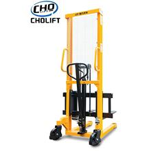 1.5T Standard Hand Stacker 2.5M lift height
