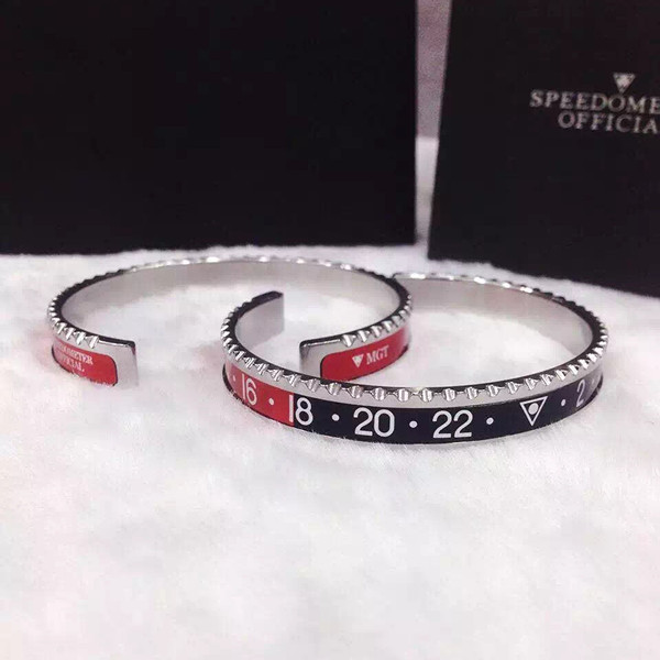 Silver color Speedometer Bangle
