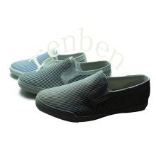 Hot Style Men′s Canvas Shoes
