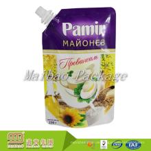 Guangzhou-Hersteller lamelliertes materielles Plastik stehen oben Nahrungsmittelgrad, der kundenspezifischen Druck spouted Milchbeutel-Entwürfe verpackt