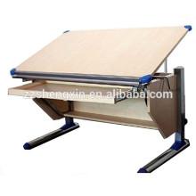 Table en bois de table à dessin réglable en hauteur en métal