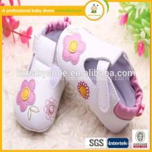 2015 neuer Art laufender Schuh süßer im Freiengroßverkauf beschuht kausaler Babysportschuh