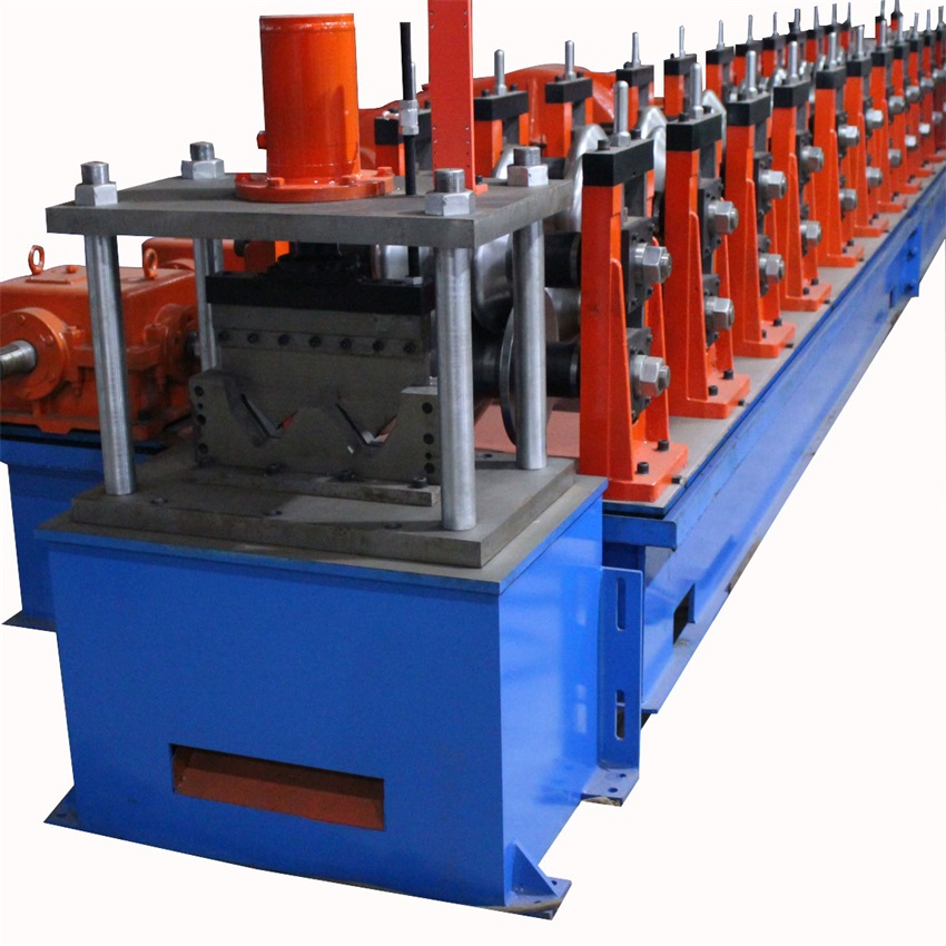 Dua Gelombang Highway Guardrail Roll Forming Machine