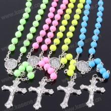 Оптовые много цветов католической цепи розария ожерелье с Девы Марии центр и металлический крест