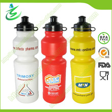 Bouteille de sport de 750 Ml / bouteille de pressage / bouteille en plastique pour voyager