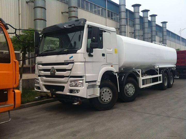 Sinotruk Howo 8x4 Water Truck