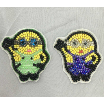 6 colors machine beaded patch yello minions patch