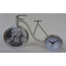 Подарок часы (автомат защити цепи dz47)