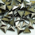 Laiton antique Triangle Nailheads correctif embellissements