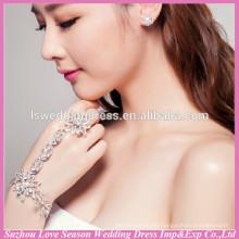 WS0002 bling bridal wedding wear bracelet and finger ring set