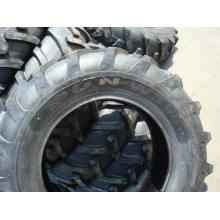 Qualitativ hochwertige landwirtschaftliche Reifen für Traktor