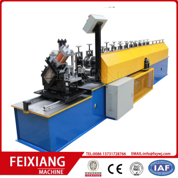 Roll roll shutter machine