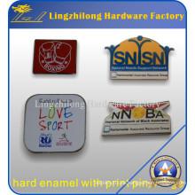 Regalos de moda en nosotros Custom Hard Enamel Lapel Pin Badge