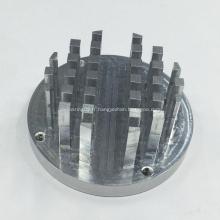Fraisage de commande numérique par ordinateur usinant des pièces en aluminium pour le radiateur