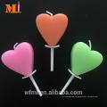 Anniversaire personnalisé de bougie de coeur disponible de couleur assortie par client pour le gâteau