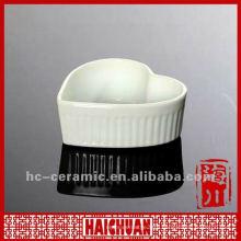 Ceramic heart baking dishes, porcelain heart shaped dish