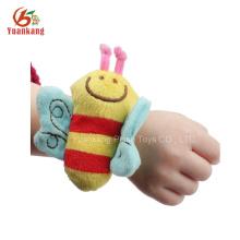 Brinquedos de pelúcia Dongguan com chocalho de pulso do bebê
