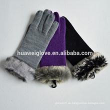 Großhandel Günstige Winter Acryl Handschuhe mit künstlichen Pelz Manschette
