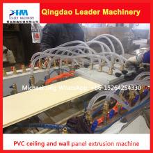 Painel de parede do PVC e painel de teto que faz a máquina