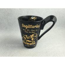 Tasse imprimée en or, tasse noire avec impression en carton doré
