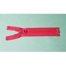 Buena calidad y logotipo de cremallera de nylon rojo impreso para el vestido