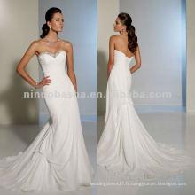 Une robes de mariée de train à longueur de chapiteau subtil et animée