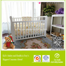 Children Furniture of Baby Crib with Solid Wood