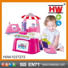 Пластмассовая игрушка для детей