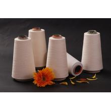 O algodão do descorante misturou o fio de confecção de malhas reciclado da tela