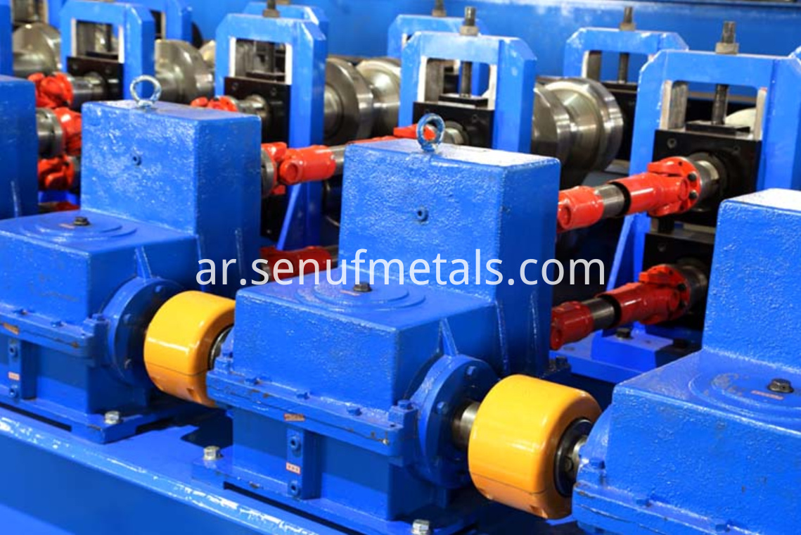 highway guardrail forming machine gear box