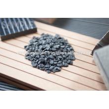 Holzkorn-Kunststoff-Verbund ist ein Produkt speziell für Außenarchitektur konzipiert